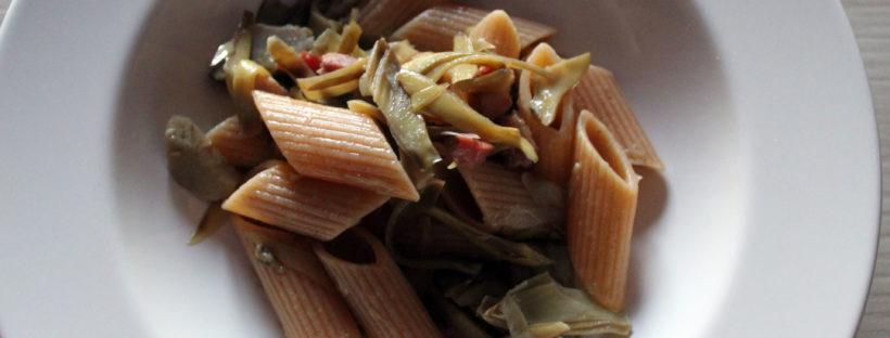 Pennoni integrali carciofi e pancetta